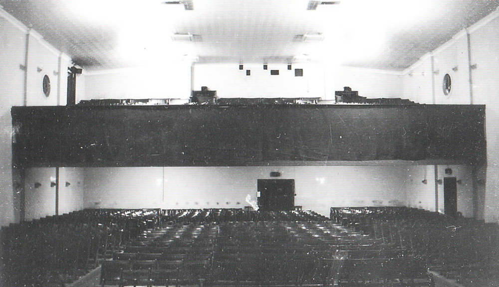 photo of original top and bottom seating stalls